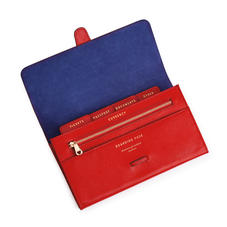 Classic Travel Wallet in Scarlet Saffiano
